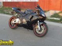 MOTOR Honda 600 rr din anul 2004 Orice piesa