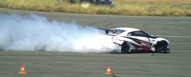 Nici macar evacuarea unui Golf TDI nu scoate atat de mult fum precum rotile acestui Nissan GT-R de 1400 CP.