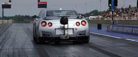 NOU Record Mondial: Cel mai rapid Nissan GT-R scoate 7.8 secunde pe 402 metri