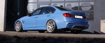 Noul BMW M3 Sedan face casa buna cu o pereche de BBS-uri pe 20 inch