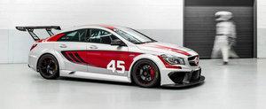 Noul Mercedes CLA45 AMG intra in lumea curselor cu motor