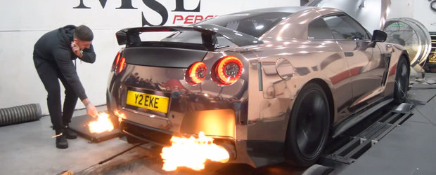 Nu incerca sa-ti aprinzi tigara la evacuarea unui Nissan GT-R. N-o sa functioneze.