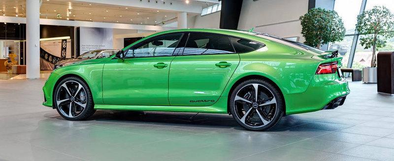 O imensa pata de culoare: Noul Audi RS7 pozeza in nuanta Apple Green