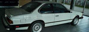 O reprezentanta BMW parasita din Canada ascunde cateva comori uitate de timp