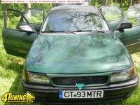Opel Astra 1598 cm3 16 v