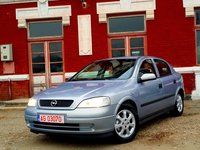Opel Astra 16-16v 101 cp 2001