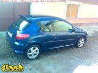 Parbriz Peugeot 206 an 2000 dezmembrari Peugeot 206