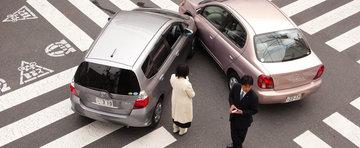 Pe tocuri la volan: Accidente, bata-le-ar vina