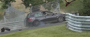 Pinball la Nurburgring cu un VW Golf IV si doi parapeti de protectie