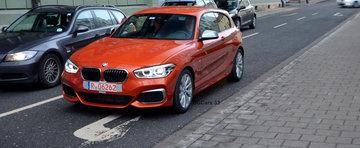 POZE REALE: Noul BMW M135i isi face aparitia pe strazile Germaniei