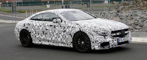 Poze Spion: Mercedes scoate in teste noul S63 AMG Coupe