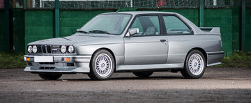 Pregateste pusculita: Un BMW M3 Evo II iese la licitatie luna viitoare