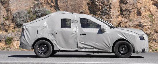 Primele imagini spion cu noua Dacia Logan 2!