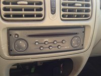 radio casetofon cd renault clio 2005