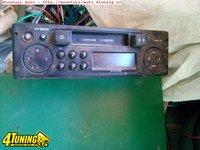 Radio casetofon renault clio cu cod si displai separat
