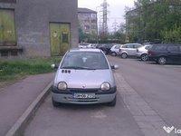 Renault Twingo 1.2 / 16 valve 2002