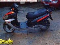 Scuter 125 cc