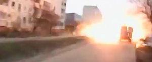 Se intampla in Ucraina: O racheta loveste... masinile din trafic