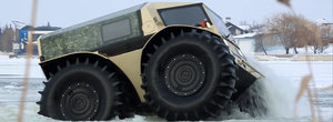SHERP powered by Vodka: cel mai abil vehicul-amfibiu de off-road vine din Rusia