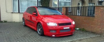 Spit Fire: Fiat Stilo by Alexandru