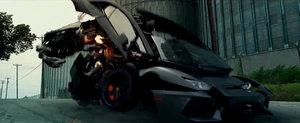 Supercaruri, roboti si dinozauri. Un nou trailer pentru Transformers 4, pe scurt