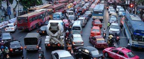 Teribilistii din trafic: cand si de ce este nevoie sa ne grabim in oras?