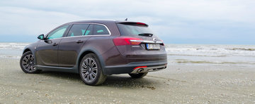 Test Drive Opel Insignia Country Tourer: break aventurier