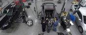 TIMELAPSE: Scoaterea motorului V10 de sub capota italianului Lamborghini Gallardo