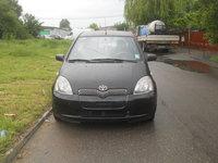 Toyota Yaris 1.0 benzina 2001