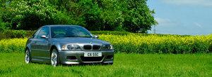 Uite un BMW M3 E46 CS pentru care merita sa bagi mana adanc in buzunare