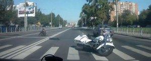 Un american la Moscova: accident amuzant cu un Harley