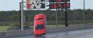 Un Ford Mustang de 3000 cp decoleaza si se face praf: rollcage rocks!