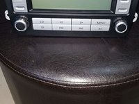 Unitate radio CD mp3 VW Passat Jetta Golf Turan Tuareg pret 400 ron