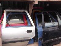 Usi spate Dacia Supernova an 2002