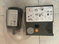 Vand compresor auto 12V + kit spuma original VW AUDI MERCEDES BMW  SEAT SKODA  RENAULT etc...