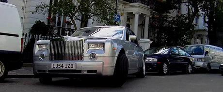 VIDEO: Rolls Royce Phantom - Parcare nereusita in Londra