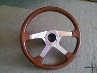 Volan de lemn MOMO reconditionat