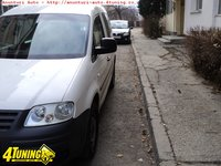Volkswagen Caddy berlina