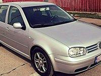 VW Golf 1.6 16 benzina 2004