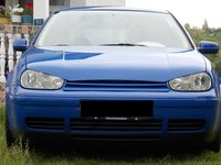 VW Golf 1.6 benzina 1999