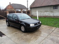 VW Golf 1.6 sr 1999