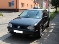 VW Golf APE 2000
