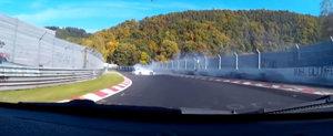 Ziua si accidentul: Un Porsche 911 GT3 e distrus pe Nurburgring