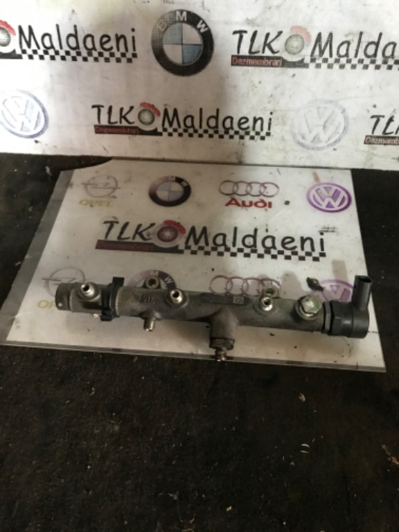 059130090J rampa injector dreapta Audi A6 A8 Q7 vw phaeton 3.0BMK