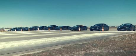 10 dintre cele mai tari masini ale momentului se aliniaza pentru o cursa de acceleratie inedita