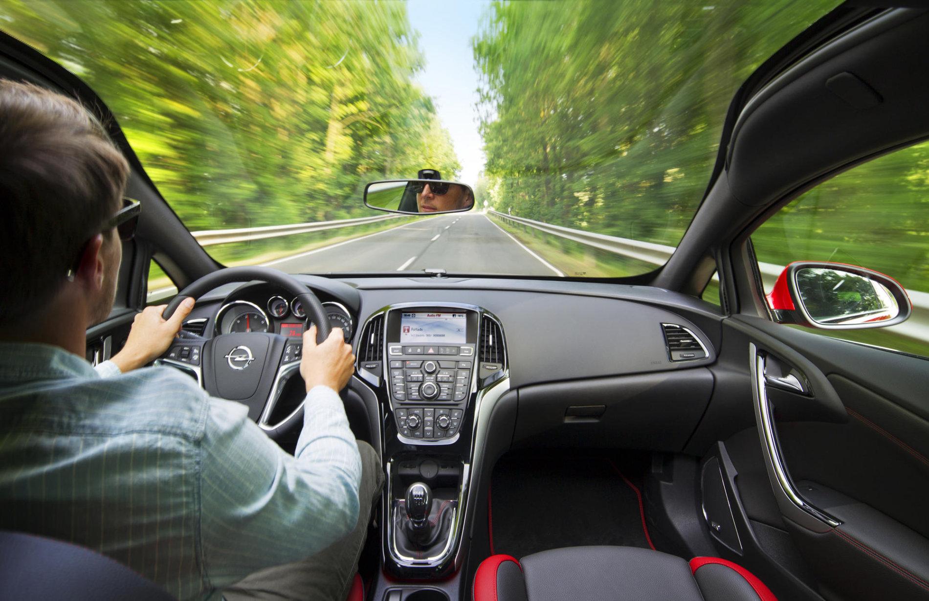 10 masini ideale pentru un 'road-trip' cu prietenii - 10 masini ideale pentru un 'road-trip' cu prietenii