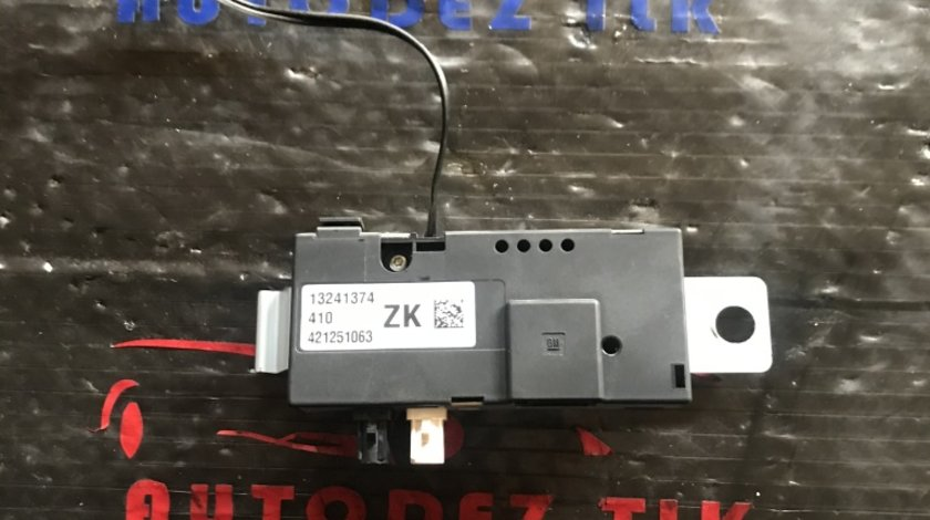 13241374 amplificator antena Opel Astra J