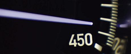 1500 CP in actiune: Noul Bugatti Chiron accelereaza pana la 435 km/h in primul sau video oficial!