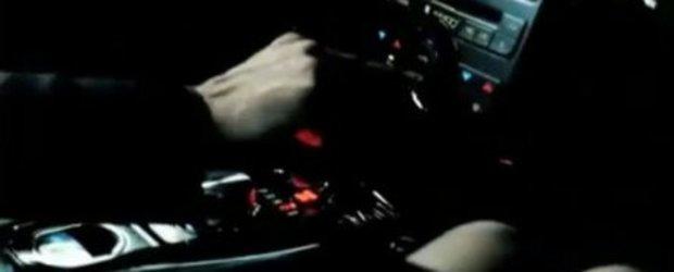 2010 Jaguar XKR/XFR - Reclama oficiala!