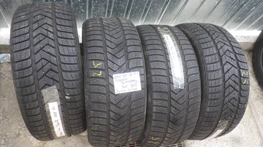 235 35 19 iarna Pirelli sotozero s3 DOT(3417)